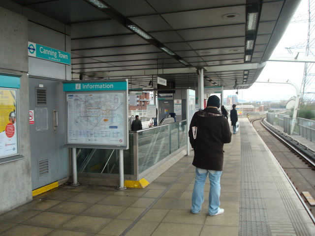 Canning Town DLR platform