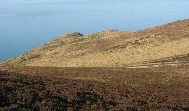 The top of Trwyn y Gorlech from the western slopes of Yr Eifl