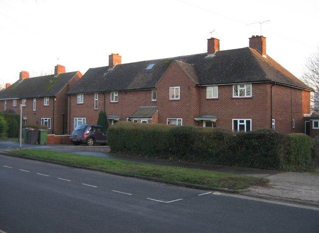 Homes in Queen Marys Avenue