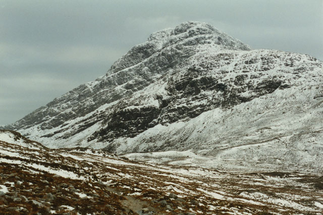 On the path to Coire an Ruadh-stac