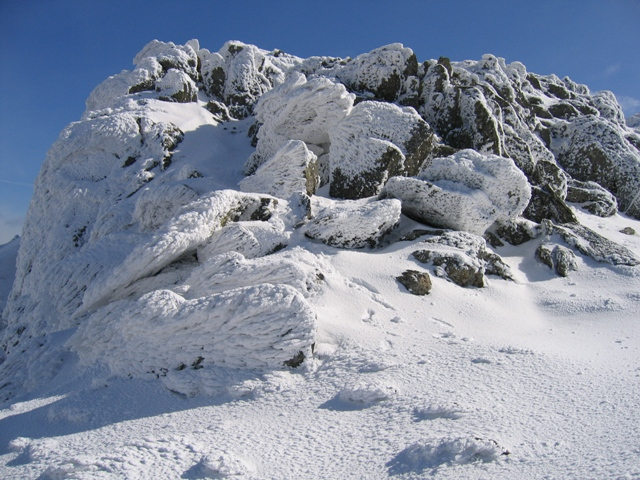 Wind blown ice formations near the Llanberis Path