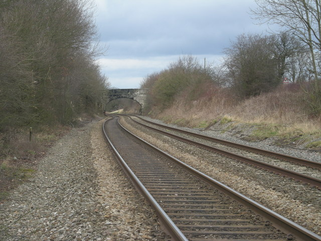 Railway line from Braidway level crossing