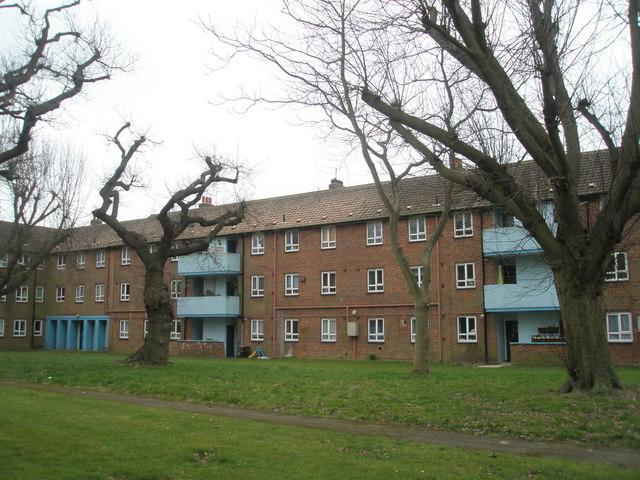 Flats in Stockheath Lane