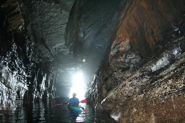 Clais Bhuidhe, Sea Cave.