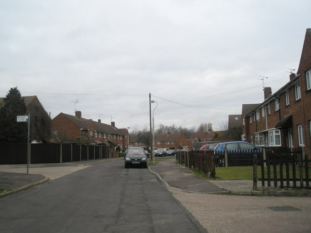 Junction of Boldre Close and Bransgore Avenue