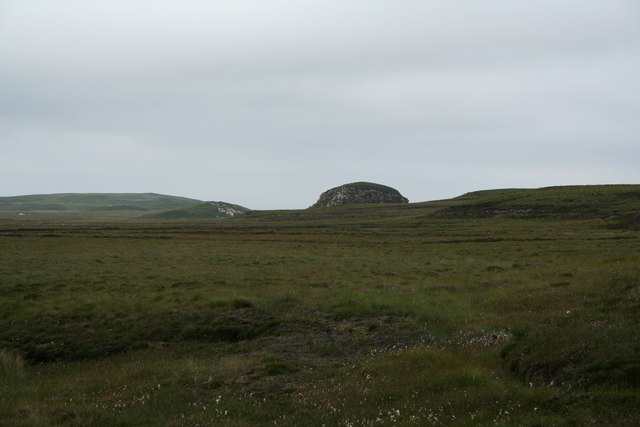 Craggy knoll south of Melvich