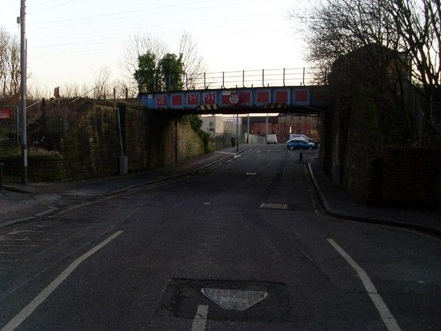 Whitecrook Street railway bridge