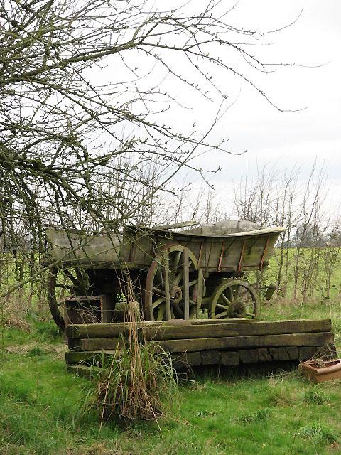 Old farm cart