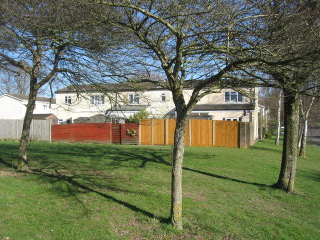 Kenilworth Road housing