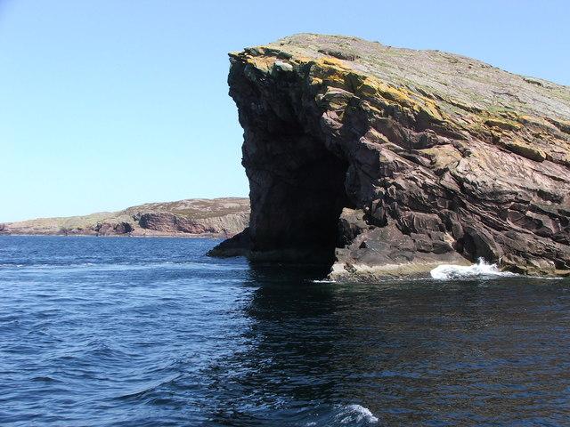 Cathedral Cave Tanera Beg  - Summer Isles