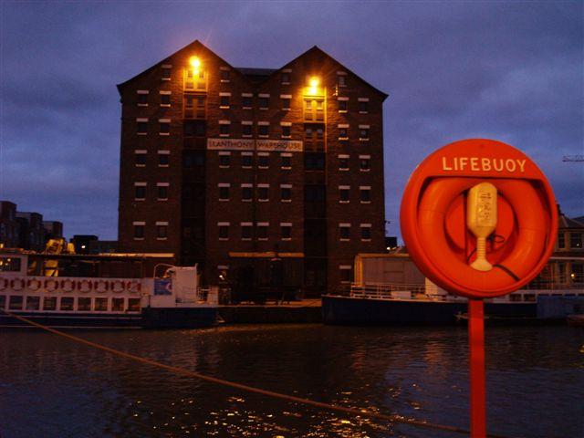 Gloucester docks at night