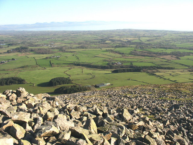 Boulder field on the summit plateau of Mynydd Carnguwch