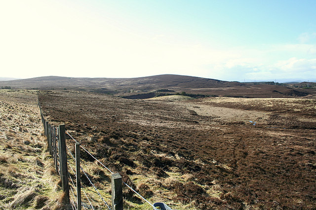 Fence line on the sou'west slopes of Carn Mor