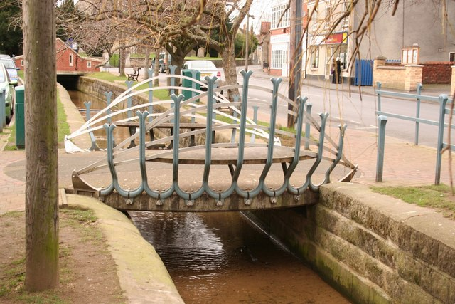 High Street footbridge