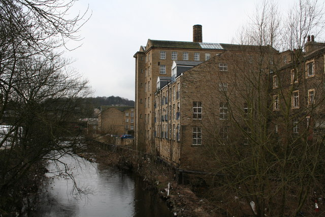 Sowerby Bridge:  River Calder, looking west from the footbridge