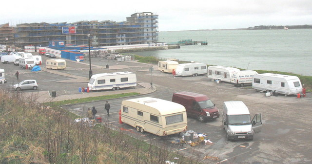 Travellers' encampment