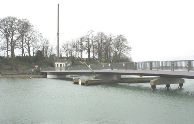 Pont 'Rabar from the Slate Quay at high water