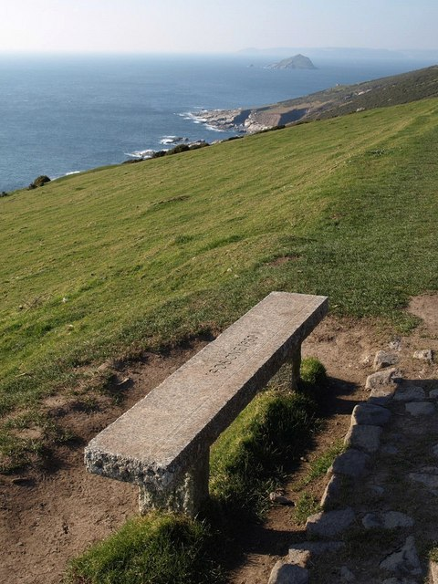Seat by coast path, The Warren