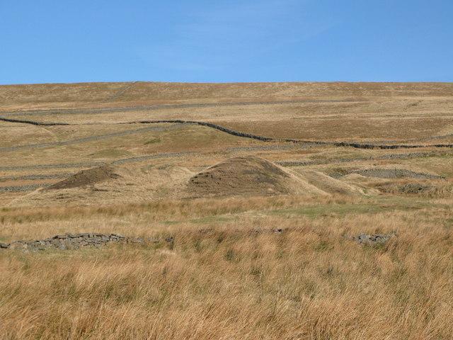 Old mining area near Scarsike Head (3)