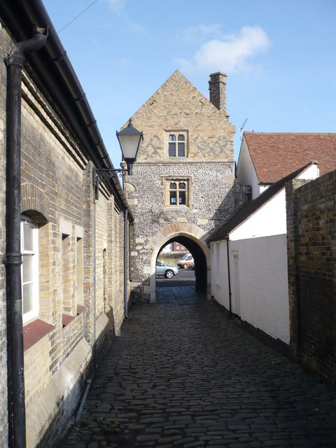 Fisher Gate looking towards the river