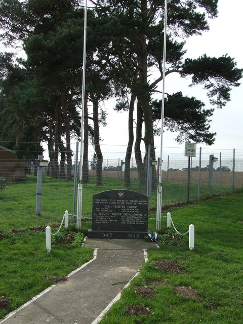 Memorial to the 352nd Fighter Group