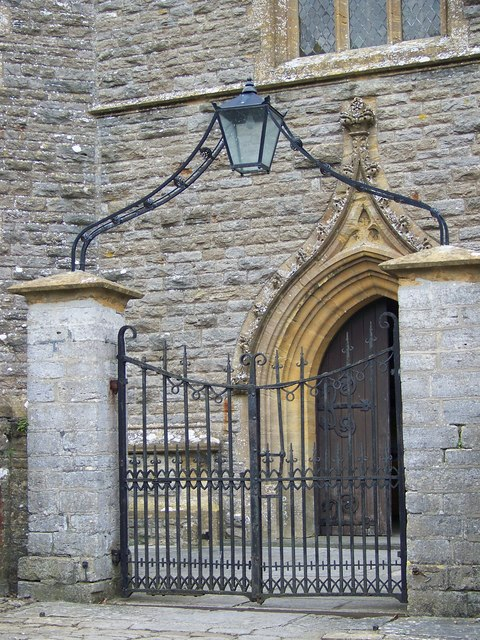 Gate and door, St Mary's Church, Stalbridge