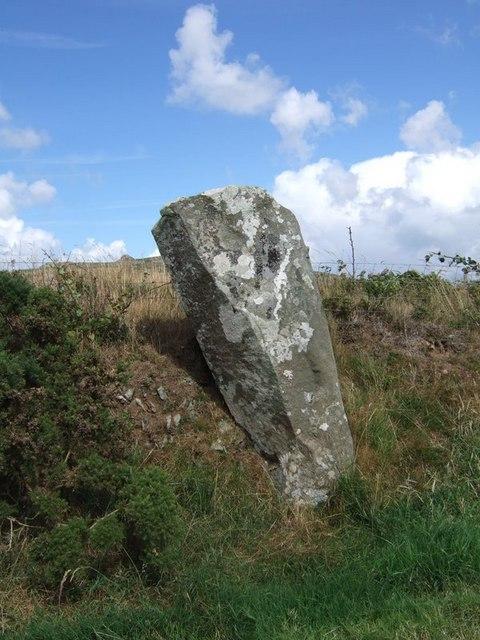 Parc y Meirw stone