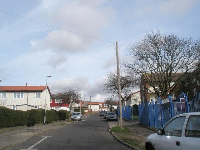 Looking up Nailsworth Road