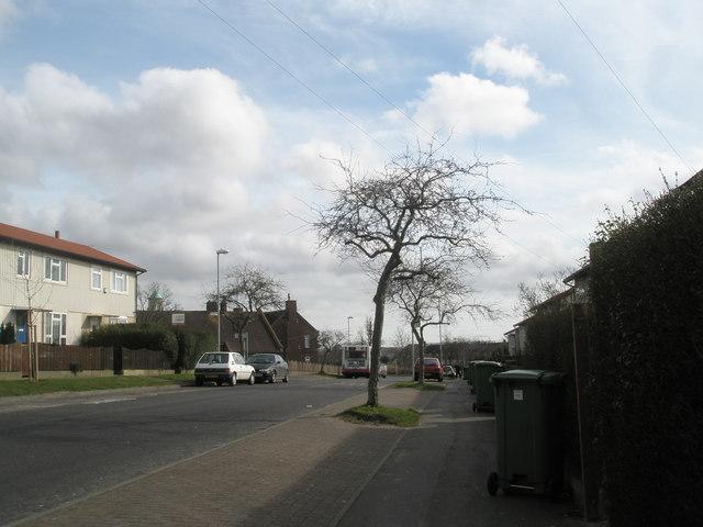 Bus in Elkstone Road