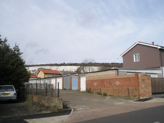 Garages behind Leominster Road