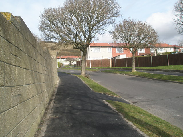 Looking from Cinderford Close up Mortimer Road
