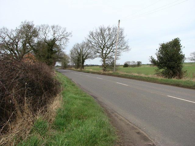 Looking north along Hingham Road