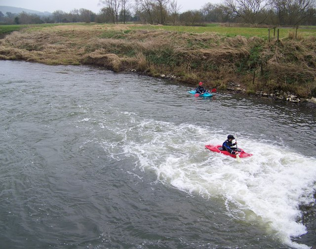 Canoeists on the River Stour