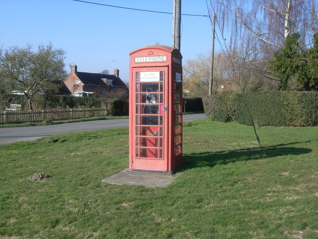 Splayne's Green telephone kiosk