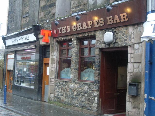 The Grapes Bar, Rothesay