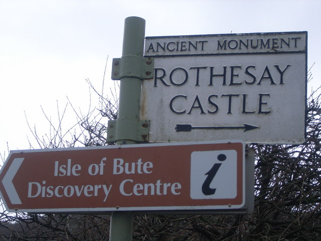 Rothesay Castle signpost