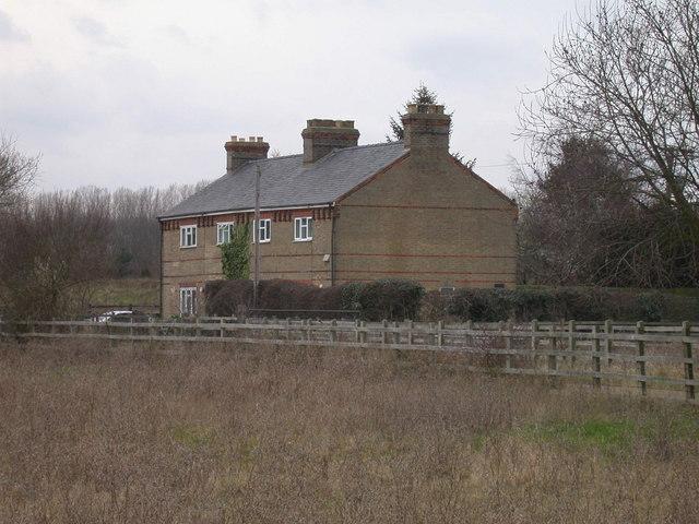 Haggis Farm Cottages, Cambridge Road