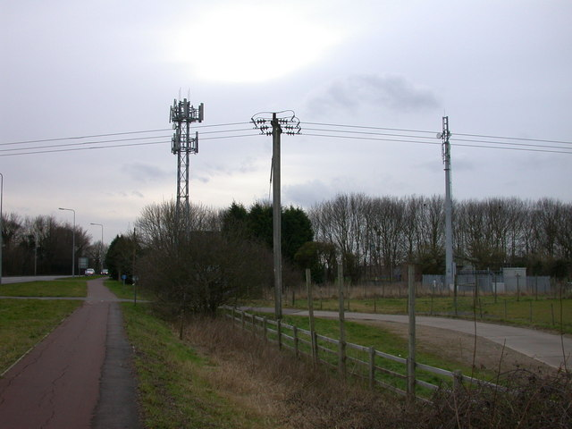Masts on Cambridge Road