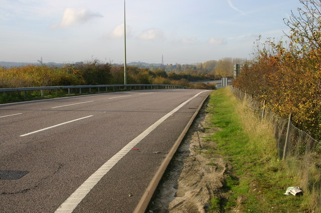 Southbound ramp off at Junction 8 of the M40