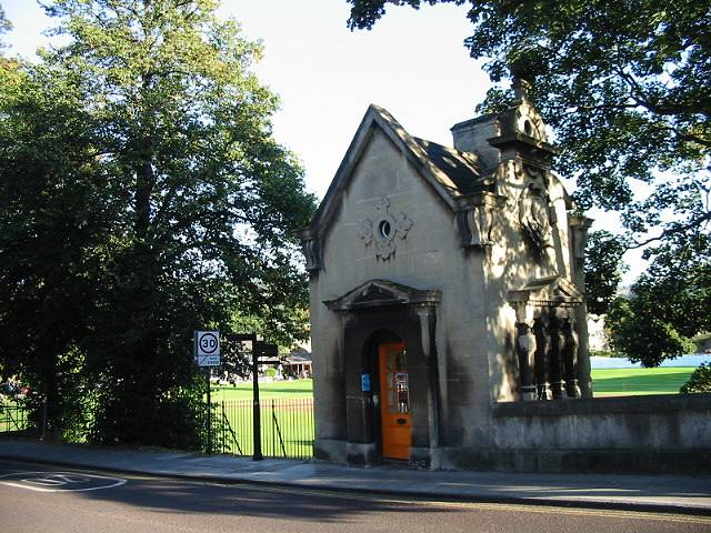 An old toll booth or gatehouse on North Parade Road