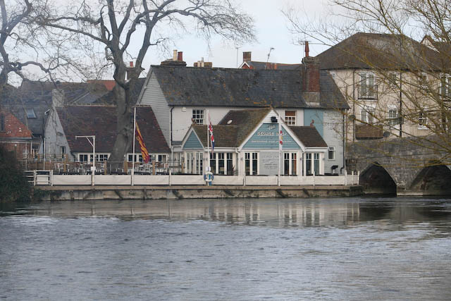 The George Inn in Fordingbridge © DHL cc-by-sa/2.0 :: Geograph