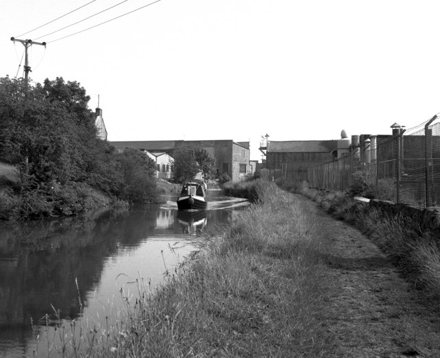Leeds and Liverpool Canal, Barnoldswick