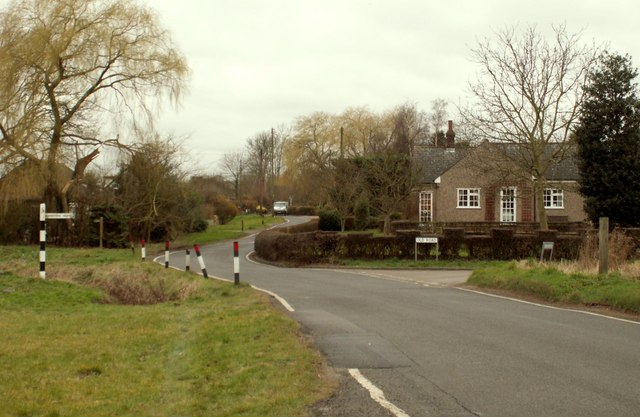 A road junction at Horseman Side