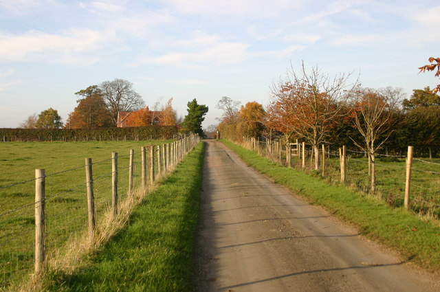 Smiths Lane up to Ledall Cottage