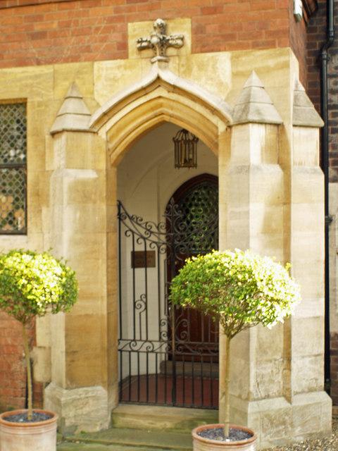 Doorway - Beacon Garth, Hessle