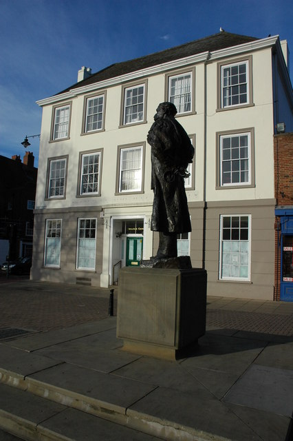 The Elgar Statue, Worcester