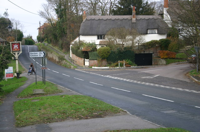 The B4011 at  Carters Lane junction