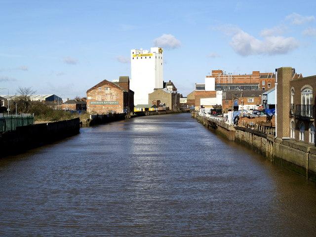 The River Hull north of North Bridge