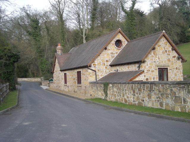Lodge on the way to Marnwood Hall