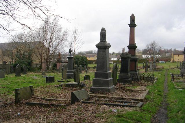 Burial Ground - Heckmondwike URC - High Street